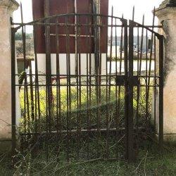 GRILLE DE PORTAIL CINTRE
